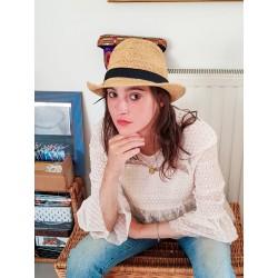 Chapeau Crochet  Fedora Longue Vie Fait Main Bande Noire